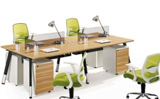 現代化辦公桌選購標準與不同材質現代化辦公桌保養技巧